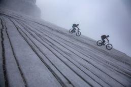 Mountainbiken im Rätikon - Wasserrinnen in der Abfahrt