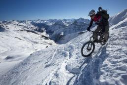 Downthehill Snowride - Extrem enge Spitzkehren
