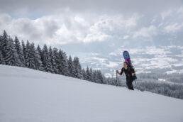 Snowboardtouren Allgäu - Aufstieg mit Panorama